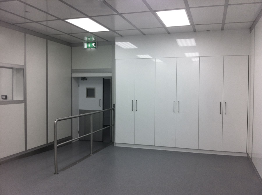 Integrated Cleanroom Furniture