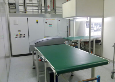Cleanroom Material Handling Systems Integration - conveyor