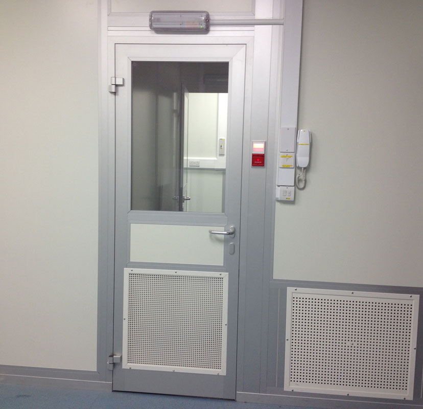Interlock doors to the Cleanroom