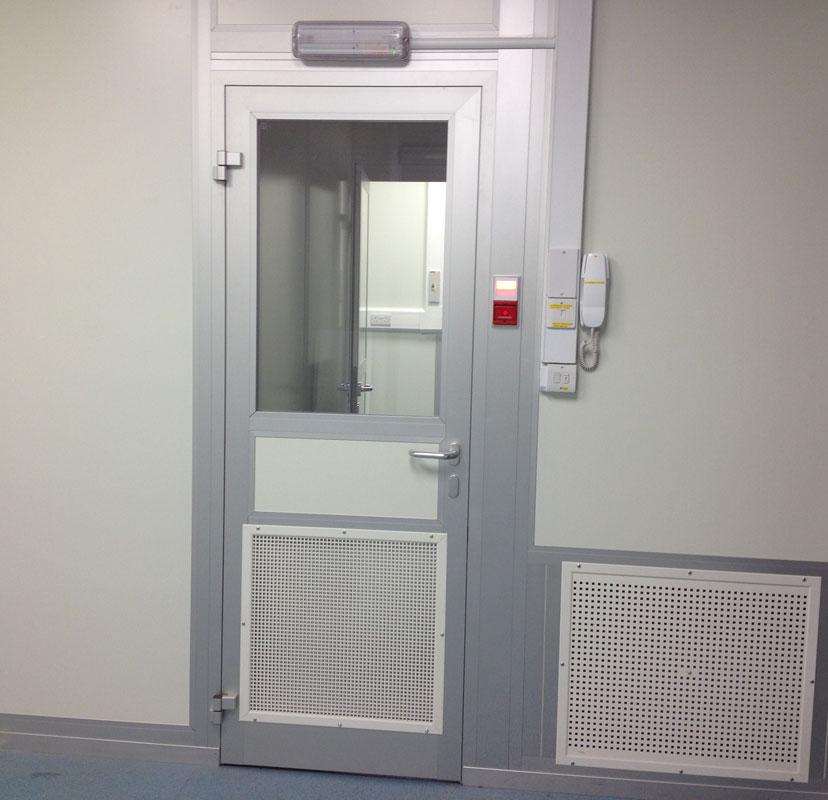 Interlock doors to the Cleanroom