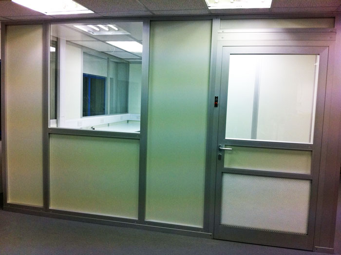 External view of the cleanroom installed by NGS