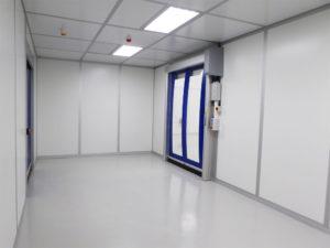 Cleanroom transfer passage