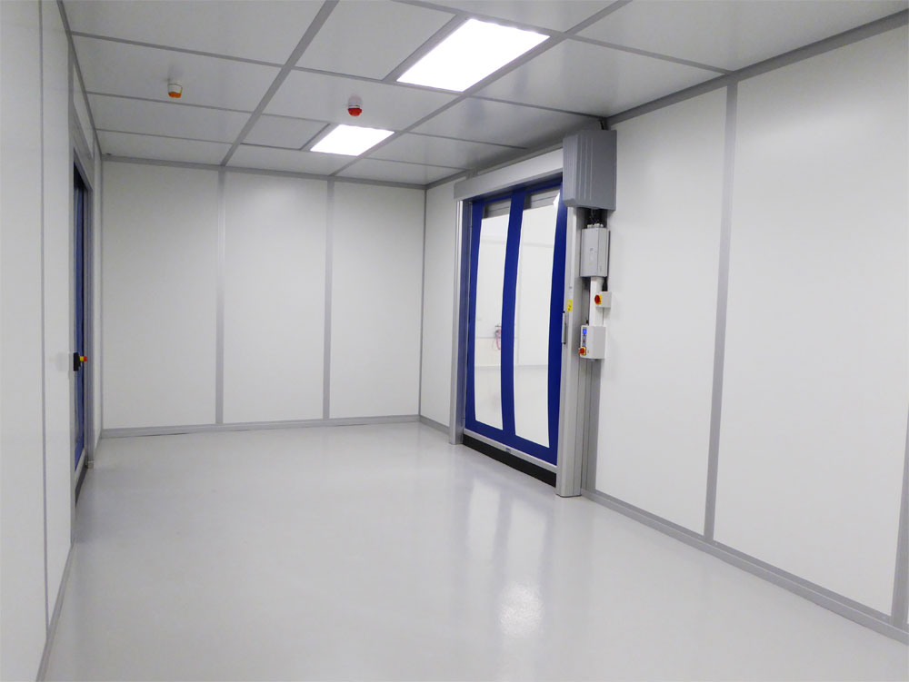Cleanroom transfer passage