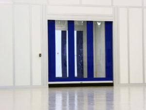 Modular Cleanroom with speed door