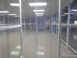Strip curtain for softwall cleanroom