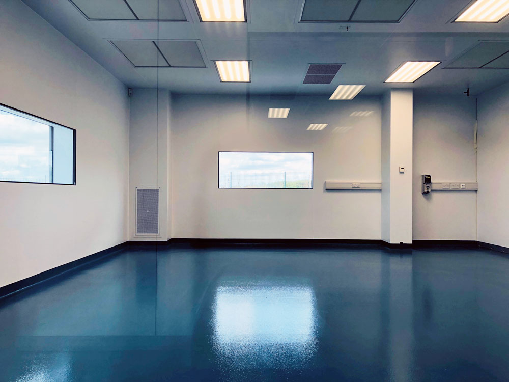 Cleanroom Finish showing flush fit and joints on walls, floor and ceiling