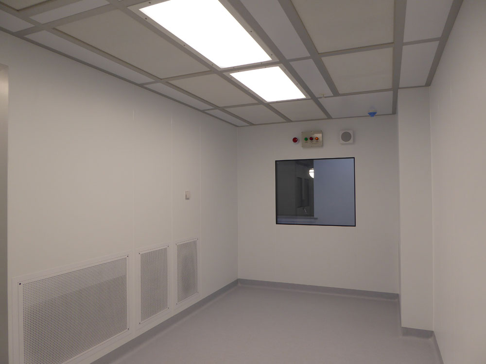 ISO 5 cleanroom